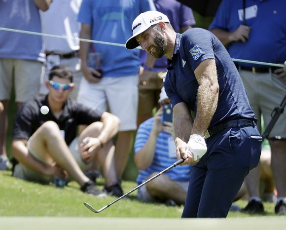 Hole-Out Eagle Caps a St Jude's Rout for Dustin Johnson