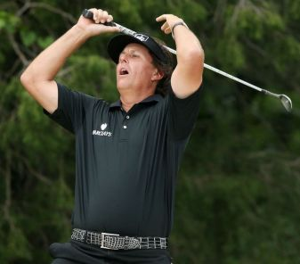 Phil Mickelson Briefly Loses His Mind at US Open