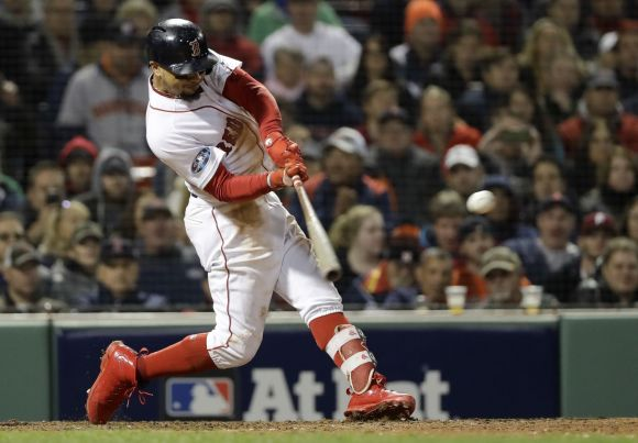 ALCS: Red Sox Remember They're the Red Sox, Win at Fenway