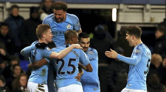 Man City Wins at Everton, Regains Premiership Pinnacle