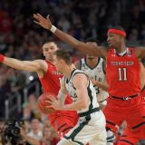 Final Four: Texas Tech's Lockdown Defense Strikes Again, Smothers Sparty