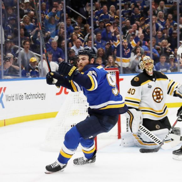 Stanley Cup: O'Reilly Pops a Pair as Blues Knot Series