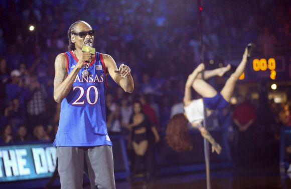 Snoop Dogg May Have Just Triggered Another FBI Probe at Kansas