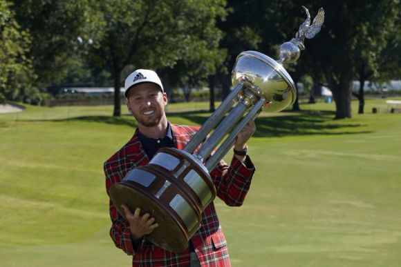 Daniel Berger's Perma-Hot, Wins Charles Schwab Challenge in Playoff