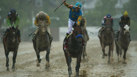 American Pharaoh Cruises in Watery Preakness