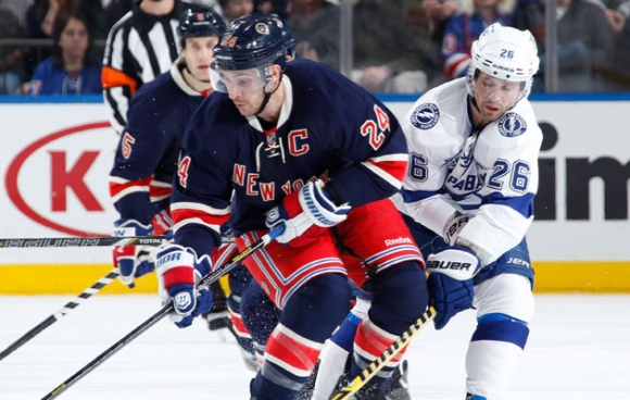 Trading Headaches: Rangers and Lightning Prefer Dumping to Dealing