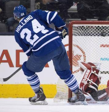 Maple Leafs Stand On Tradition; Lose in Shootout