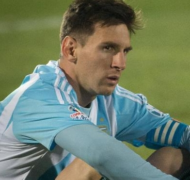 Chile Hold Copa América Title on PKs; Messi Blows It, Bows Out