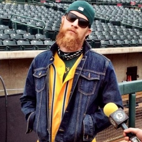 Oakland Pitcher Sean Doolittle Fully Commits to April Fool's Prank