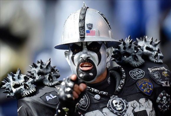 The Raiders Stay in Oakland Because ... Just Because