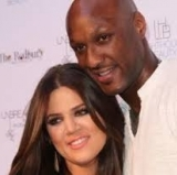 Tell-all question No 1: Does Khloe apply eye-liner with a felt pen?