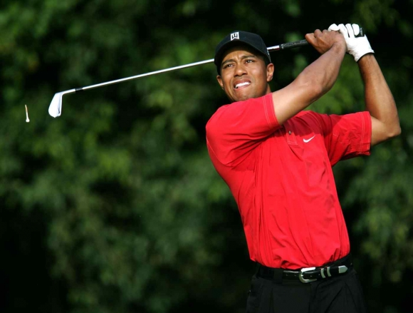 Woods Has Surgery; Out of the Masters